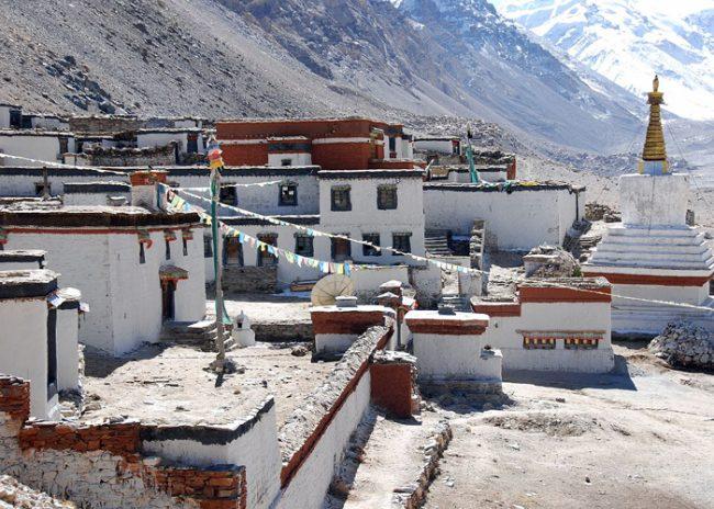 rongbuk-monastery